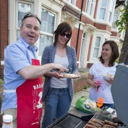 Thousands of Welsh people celebrate The Big Lunch2015