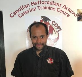 Volunteer Chris dedicates an outstanding 3000 hours to Te aCofi